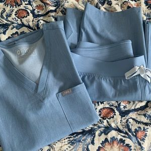 Light blue figs scrubs